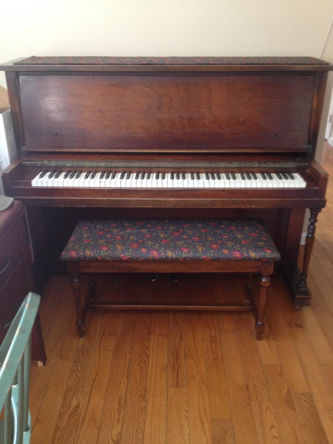 Upright piano mover little valley piano for What are the dimensions of an upright piano
